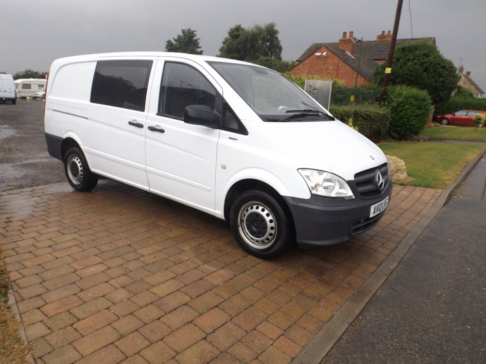 2012 mercedes benz vito 113 cdi blueefficieny 6 seater for Mercedes benz gas chambers
